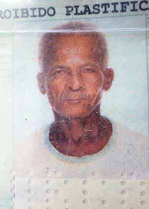 Foto do documento de identidade do aposentado e ex-morador do Pinheirinho Ivo Teles dos Santos, 70, morto no último dia 9; a Polícia Civil investiga se a morte tem relação com supostas agressões que ele teria sofrido de PMs durante a reintegração