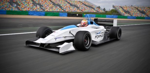 Protótipo elétrico Formulec EF01 servirá como base para os carros da Fórmula E