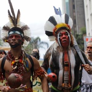 Índios guaranis kaiowás protestam em São Paulo contra ordem de despejo de comunidades da etnia kaiowá em Mato Grosso do Sul