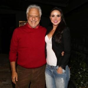 Antonio Fagundes e namorada deixam restaurante sem comer