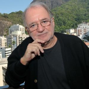 O autor Marcílio Moraes