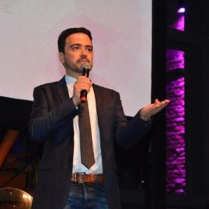 "Daniel Ortiz, autor de ""Alto Astral"""
