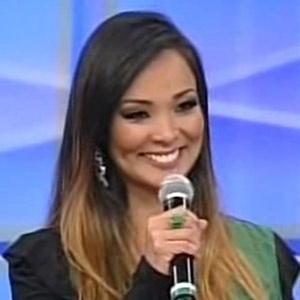"""Carol Nakamura vai se envolver com Henri Castelli em """"Sol Nascente"""""""