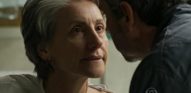 """Cassia Kis e Alexandre Nero em cena de """"A Regra do Jogo"""" elogiada por internautas"""