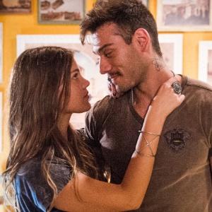 """Pamela Tomé e Lucas Lucco em cena de """"Malhação"""""""
