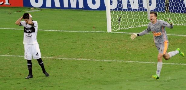 https://i2.wp.com/imguol.com/c/esporte/2013/07/25/24072013---victor-sai-para-comemorar-titulo-do-atletico-mg-apos-penalti-chutado-na-trave-1374724287208_615x300.jpg