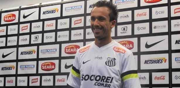 Atacante Thiago Ribeiro assinou contrato com o Santos até 2017