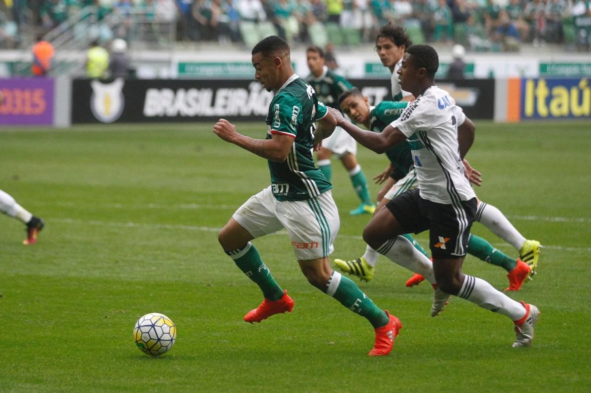 Gabriel Jesus é o grande destaque do Palmeiras que caminha para o título brasileiro de 2016. (Foto: José Edgar de Matos/UOL Esporte)
