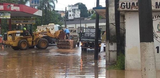 As fortes chuvas provocaram inundações e mortes em cidades de São Paulo