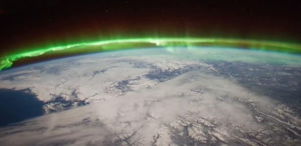 Estudo compara a turbulência na região das auroras boreal com a das latitudes mais altas da Terra