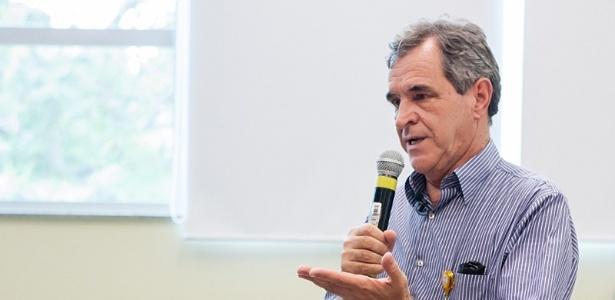 Alvares já foi ministro da Saúde do governo Lula em 2006 e 2007
