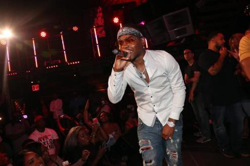 London On Da Track performs at 300 Entertainment event