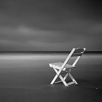 what's on WOW Festival 2017 An empty chair on a beach | www.imjussayin.comn