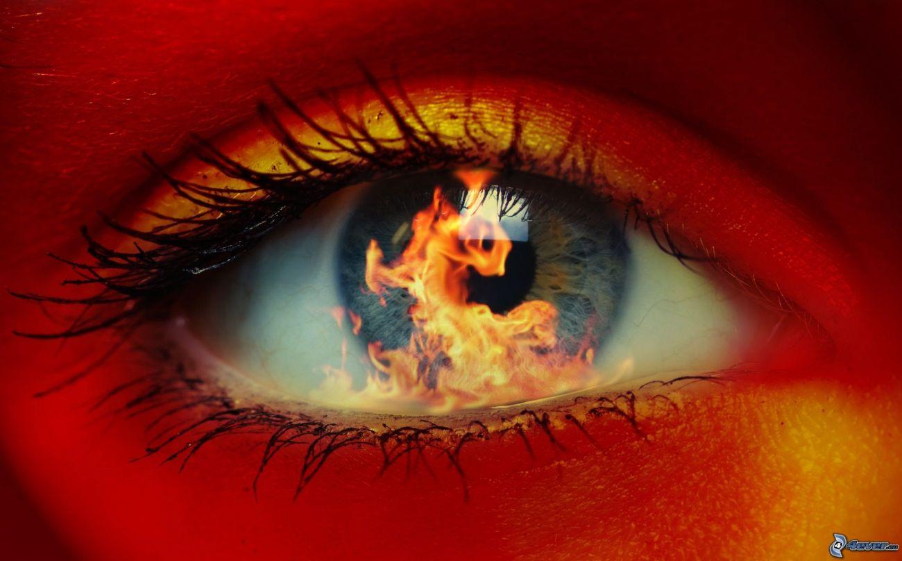 occhio con fuoco