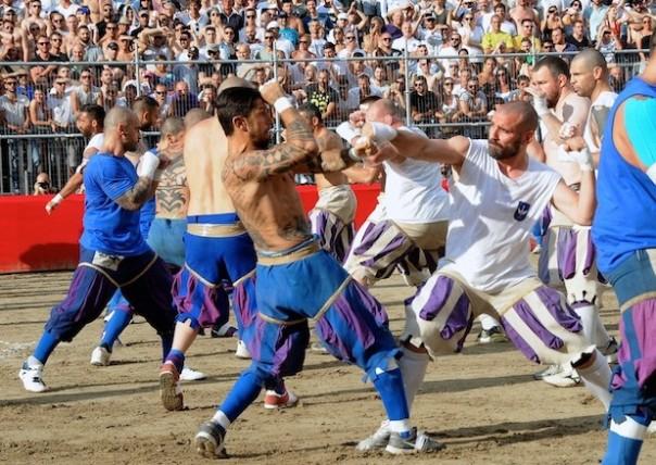 Image result for calcio storico fiorentino bianchi