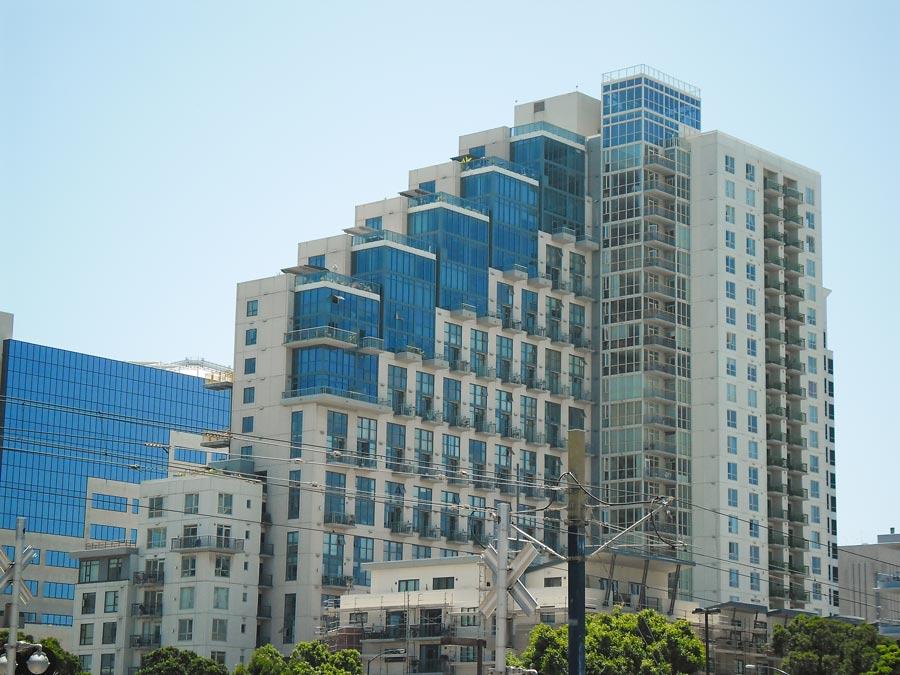 Neumodernes Wohngebäude