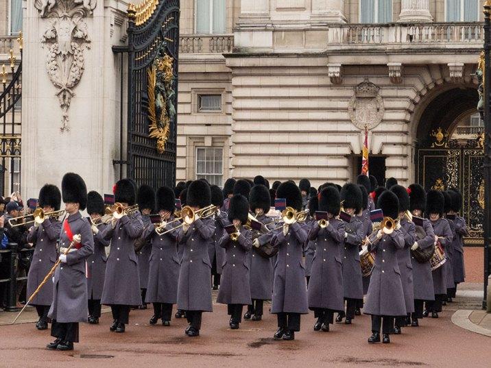 Militärorchester am Buckingham Palace