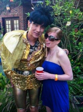 Rückkehr nach Los Angeles - Transvestit Künstler