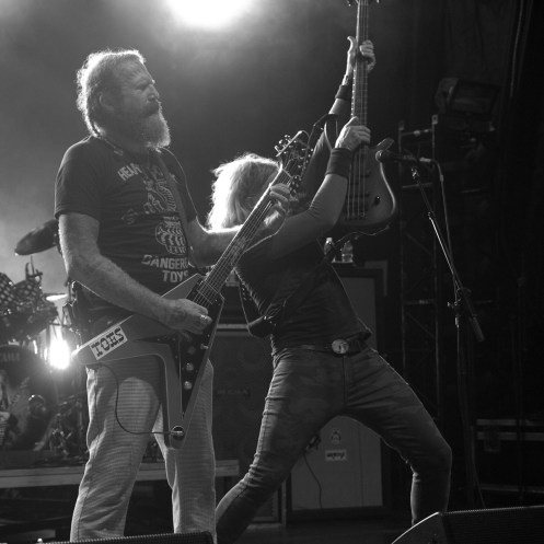 Brent Hinds and Troy Sanders of Mastodon