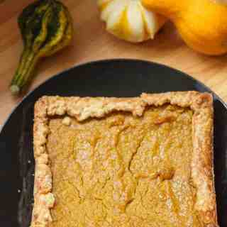 Vegan Hubbard squash pie, or the pie that will satisfy everyone