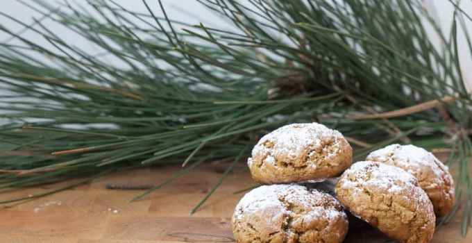 Spicy gingerbread granola cookies, or my take on Russian Pryaniki