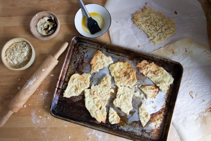 Gluten-free almond lavosh crackers