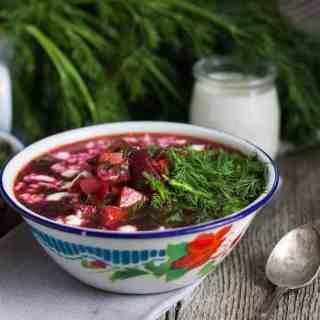 Vegetarian Ukrainian borscht