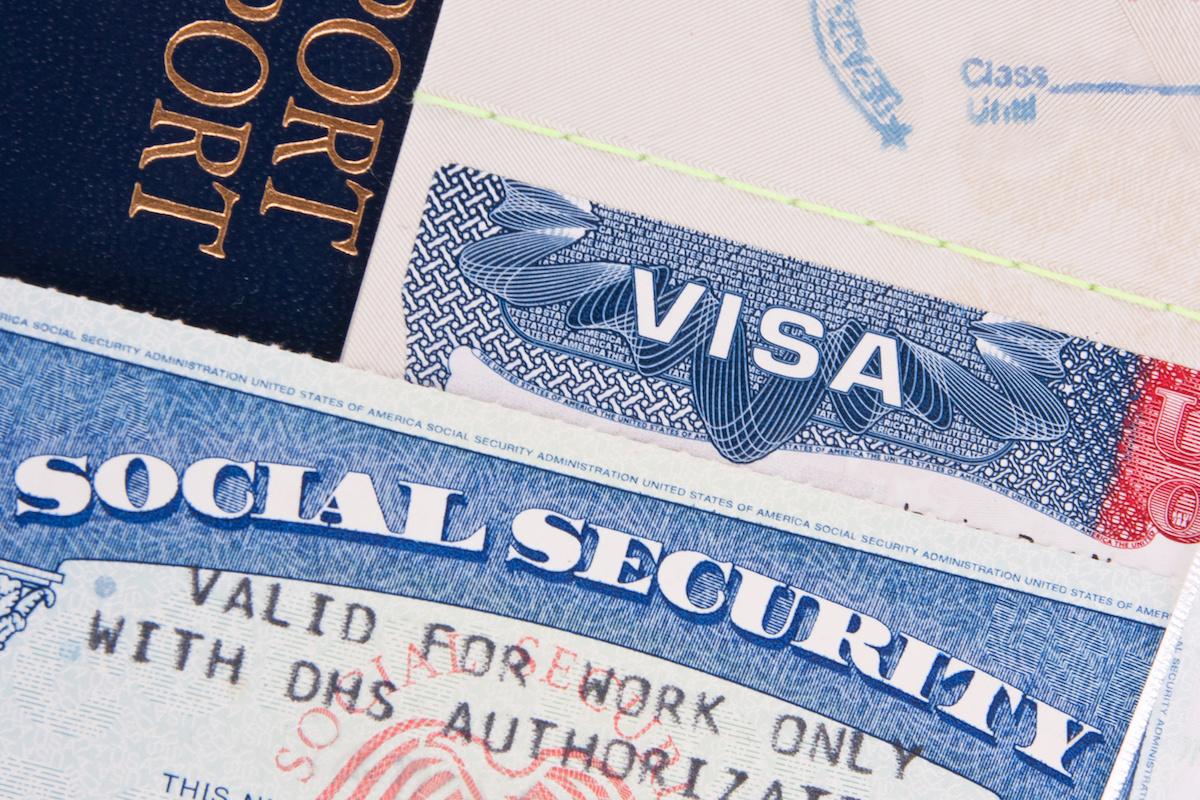 immigration lawyer us work visa