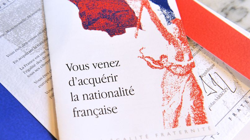 "Picture taken on March 21, 2012 in Tours shows a document given to newly naturalized French citizens bearing headline which translate as ""You just obtained the French nationality"" during an official ceremony to give their papers to foreigners who claimed French nationality in the prefecture of the central French city of Tours. AFP PHOTO / ALAIN JOCARD"