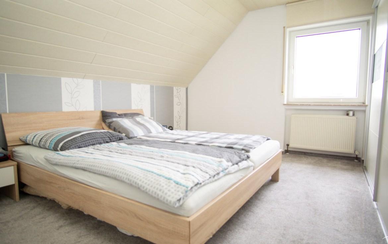 Immobilien Hahnefeld 79468349 Schlafzimmer
