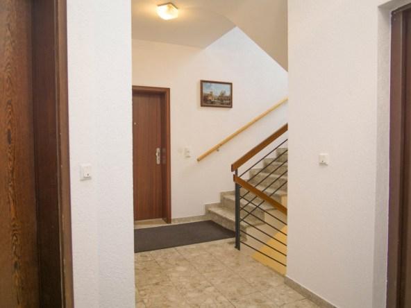 Immobilien Hahnefeld 114834532 Treppenhaus Etage