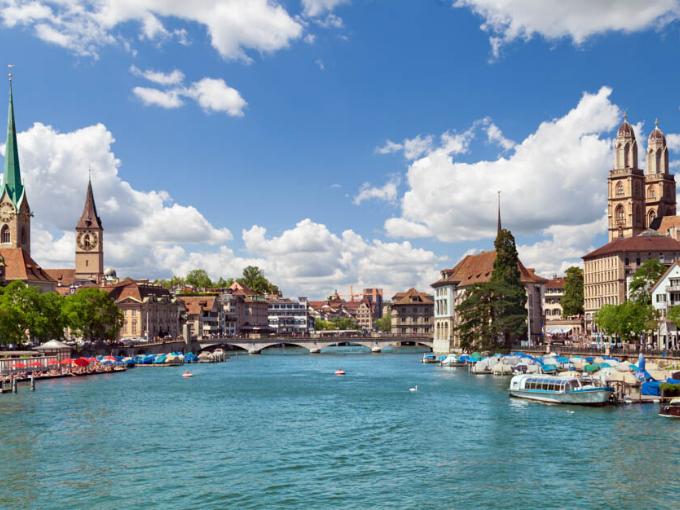 Quitter la Suisse et se rendre dans un Etat membre de l'Union européenne (UE)