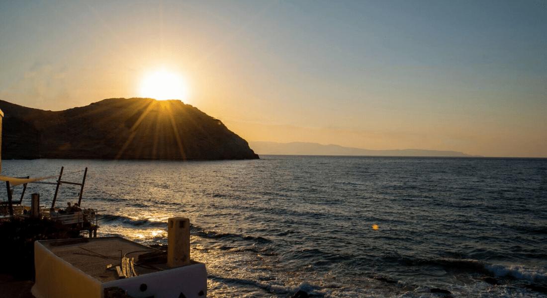 Grèce_ Maison en front de mer -11