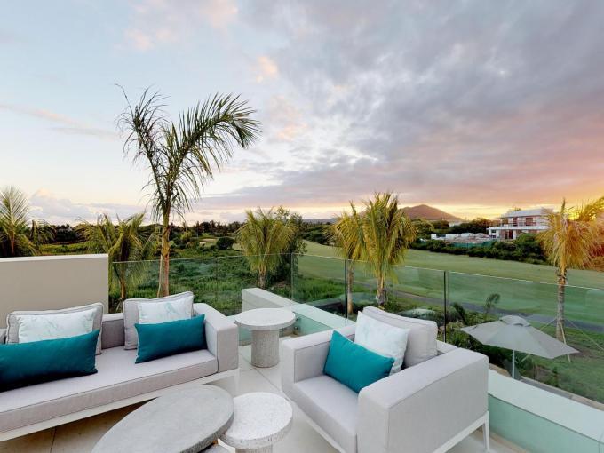 Horizon Villa by Alistair Macbeth 02042020 165648