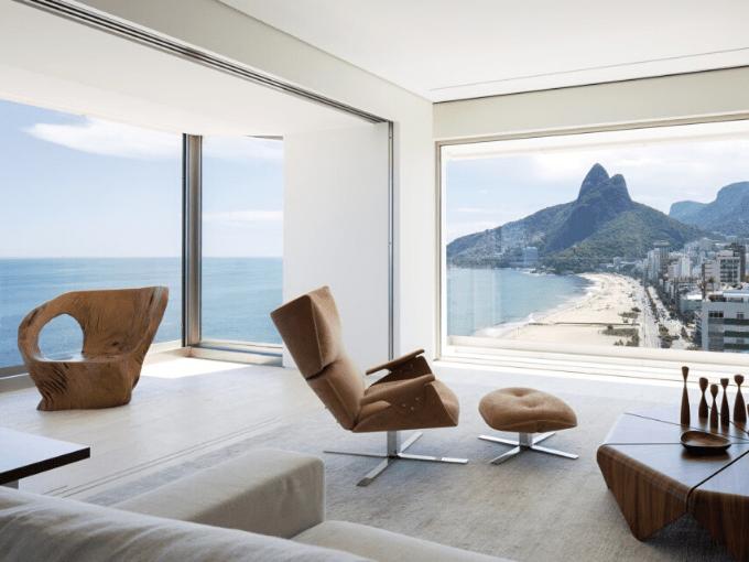 Arthur Casas Mattos est un architecte brésilien