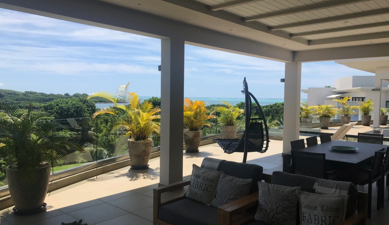 A VENDRE PENTHOUSE IRS A ROCHES NOIRES ILE MAURICE3