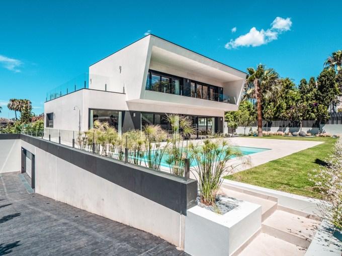 Villa sur un terrain de 841 m2 vous pourrez profiter de la Costa del Sol