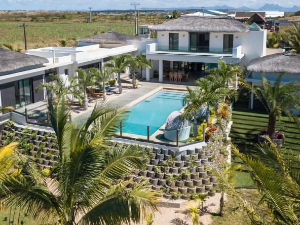 villa de 6 chambres à vendre villa de 6 chambres à vendre                    