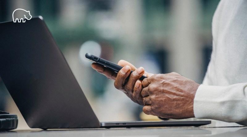 ImmoPotam-immobilier-gestion-patrimoine-logement-maison-appartement-neuf-vefa-ancien-1p-2p-3p-4p-5p-81-teletravail-ordinateur-telephone-smartphone-agence-bien-ici-chez