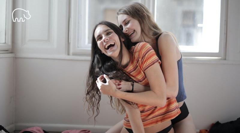 ImmoPotam-immobilier-gestion-patrimoine-maison-appartement-neuf-vefa-logement-ancien-1p-2p-3p-4p-5p-23-couple-femmes-gay-friendly-lgbt-lesbiennes-gays-bisexuels-trans-pret-ptz