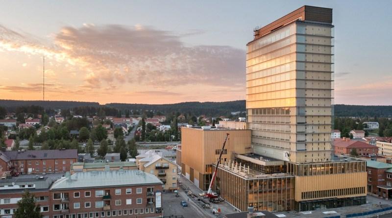 DR-Patrick-Degerman-White-Arkitekter-Sara-Kulturhus-Skelleftea-Suède-092021-panneau-massif-lamelle-croise-cross-laminated-timber-clt-analyses-conseils-immobilier