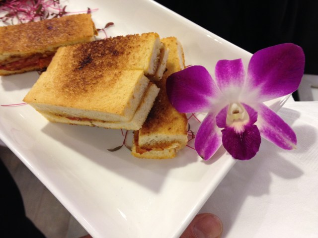 White House Black Market Cananda Food