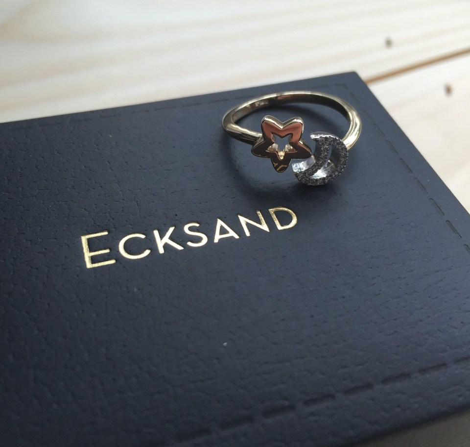 Ecksand_Nude_Star_and_Moon_diamond_ring