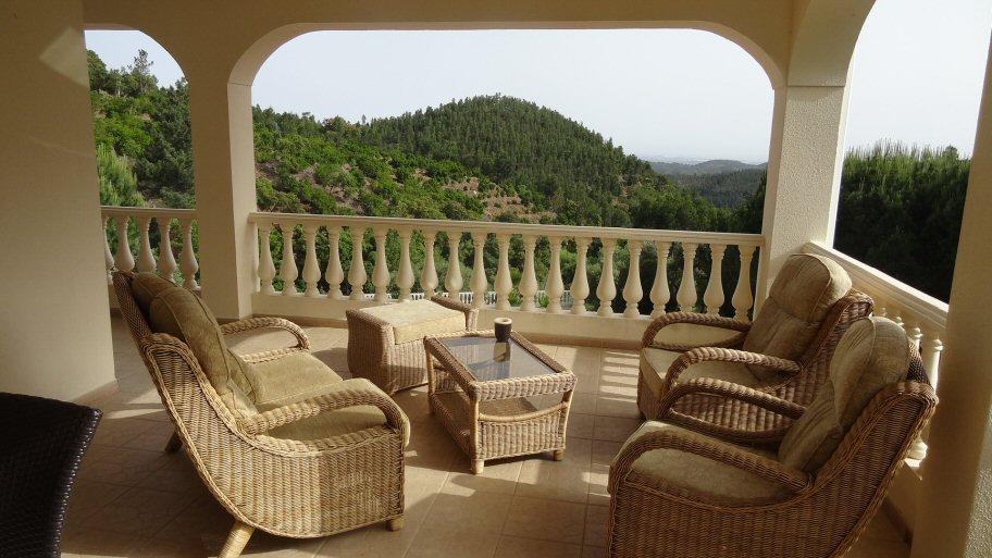 South facing villa Monchique for sale