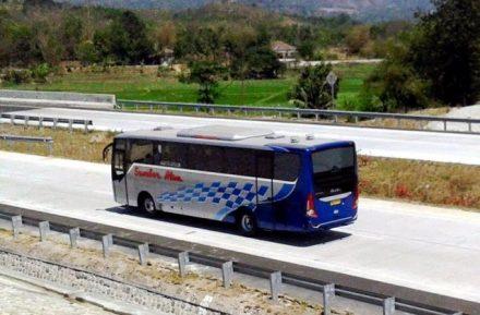 Bus Isuzu LT1 34 Di Tol 2