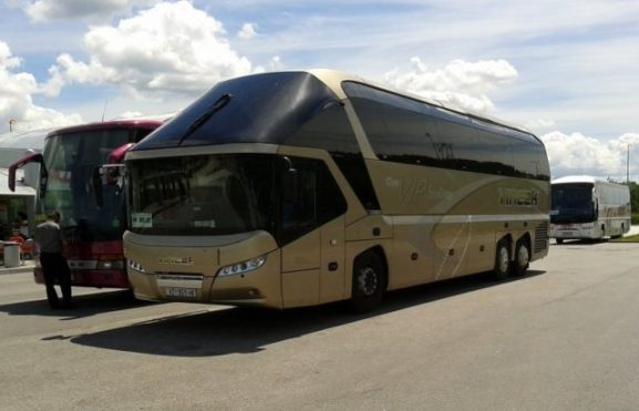 Neoplan Starliner, basic dasar dari Maxi Miracle Nusantara Gemilang