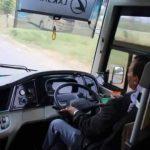 walau tuas transmisi terlihat pendek, tetap nyaman bagi driver kala mengoperasikannya