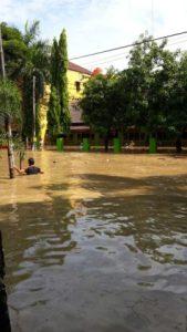 banjir jatiasih.jpg
