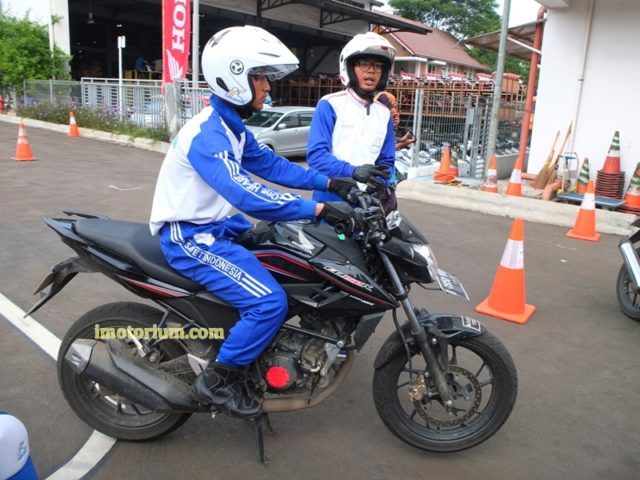 Safety Riding Wahana Honda – Jatake (62)