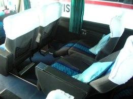 corak seatnya sendiri identik dengan masa - masa 1990-an.. yang mana memakai kain lembut